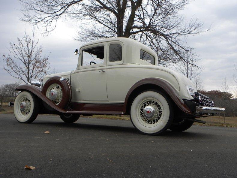 1932 Pontiac Series 302