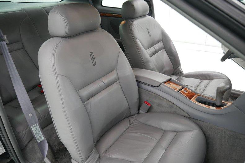 1994 Lincoln MK 8