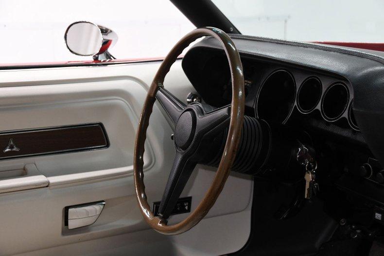 1970 Dodge Challenger 19