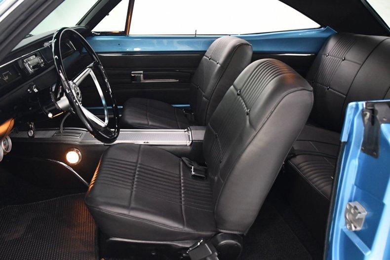 1968 Dodge Coronet 77