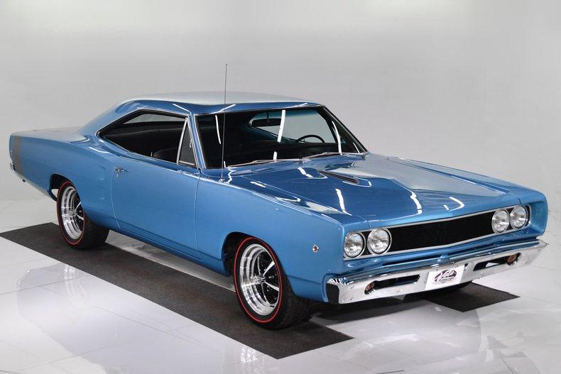 1968 Dodge Coronet 38