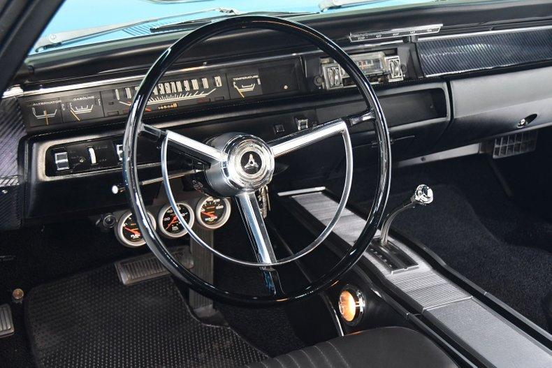 1968 Dodge Coronet 4