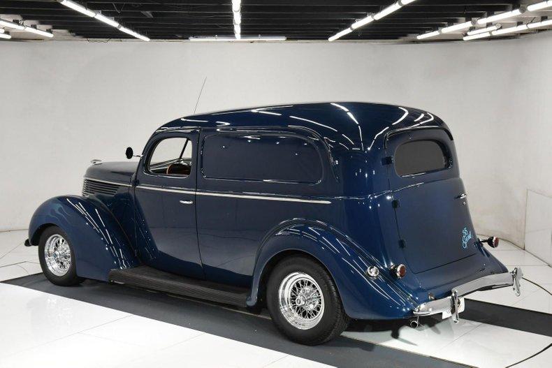 1938 Ford Custom