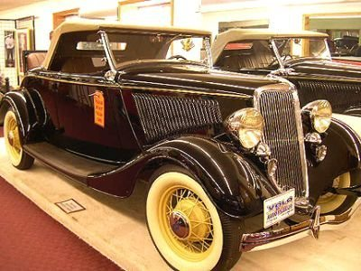 1934 ford deluxe