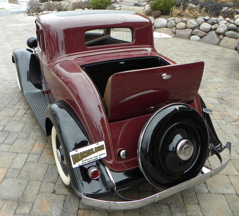 1932 Plymouth
