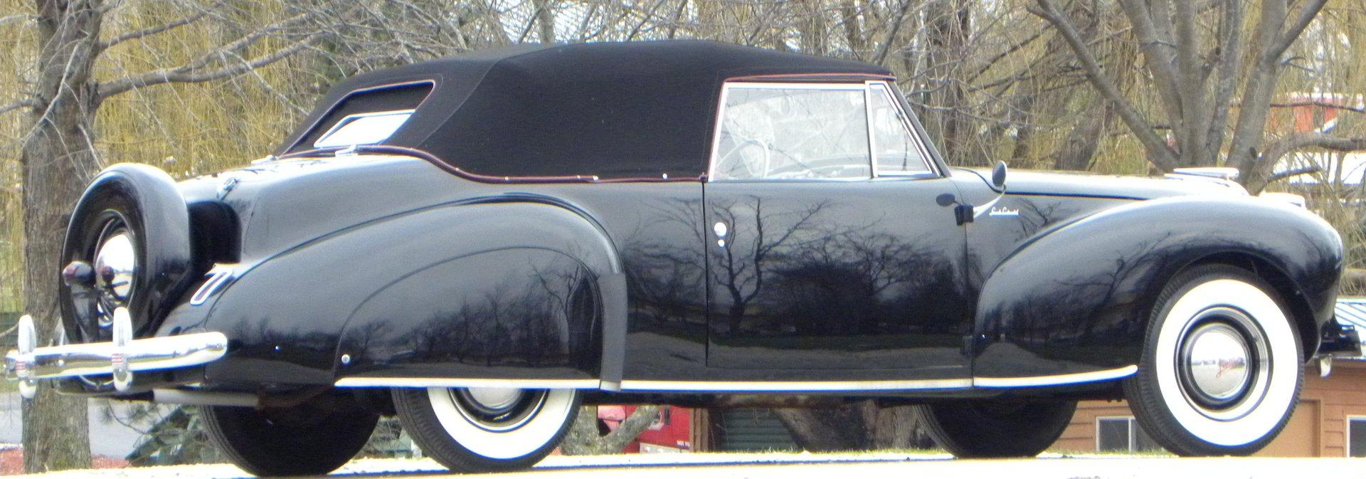 1941 Lincoln Continental Volo Auto Museum Interior 8