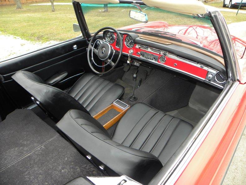 1965 Mercedes-Benz 230SL
