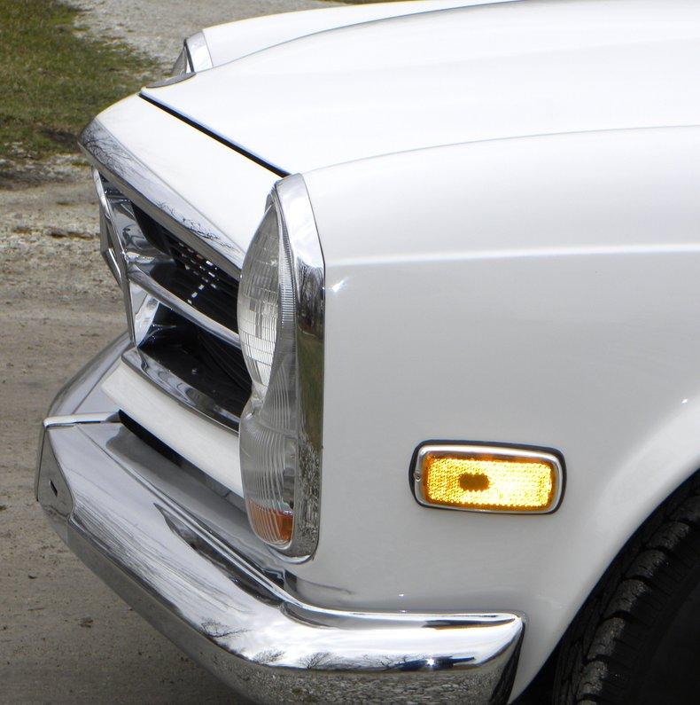 Mercedes Benz 250sl: 1968 Mercedes-Benz