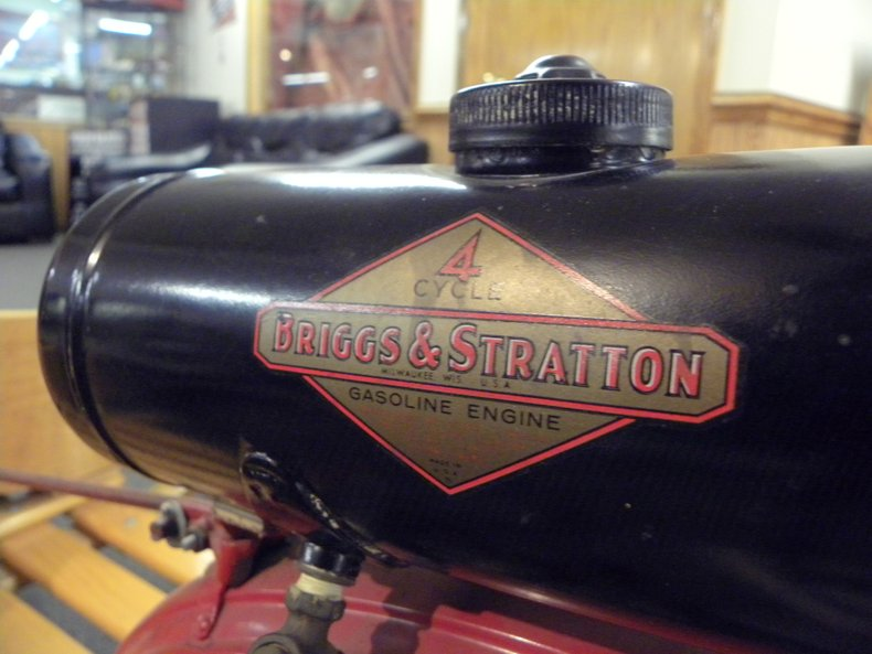 1920 Briggs & Stratton Auto Flyer