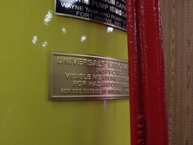 1929 Visible Gas Pumps Wayne