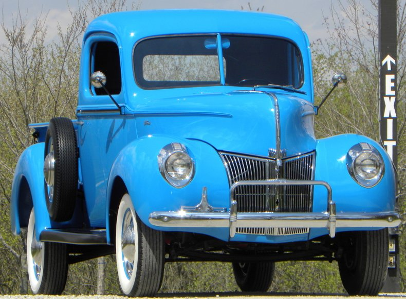 1941 Ford Deluxe
