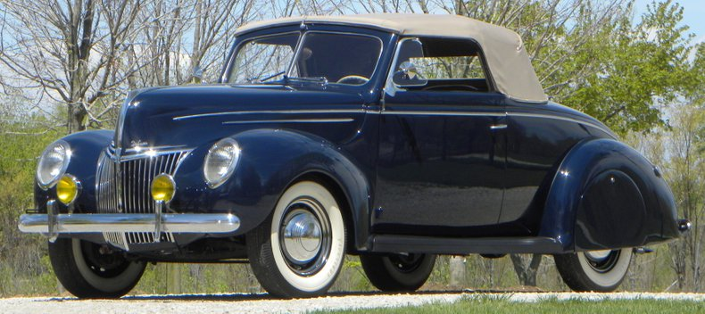 1939 Ford Deluxe