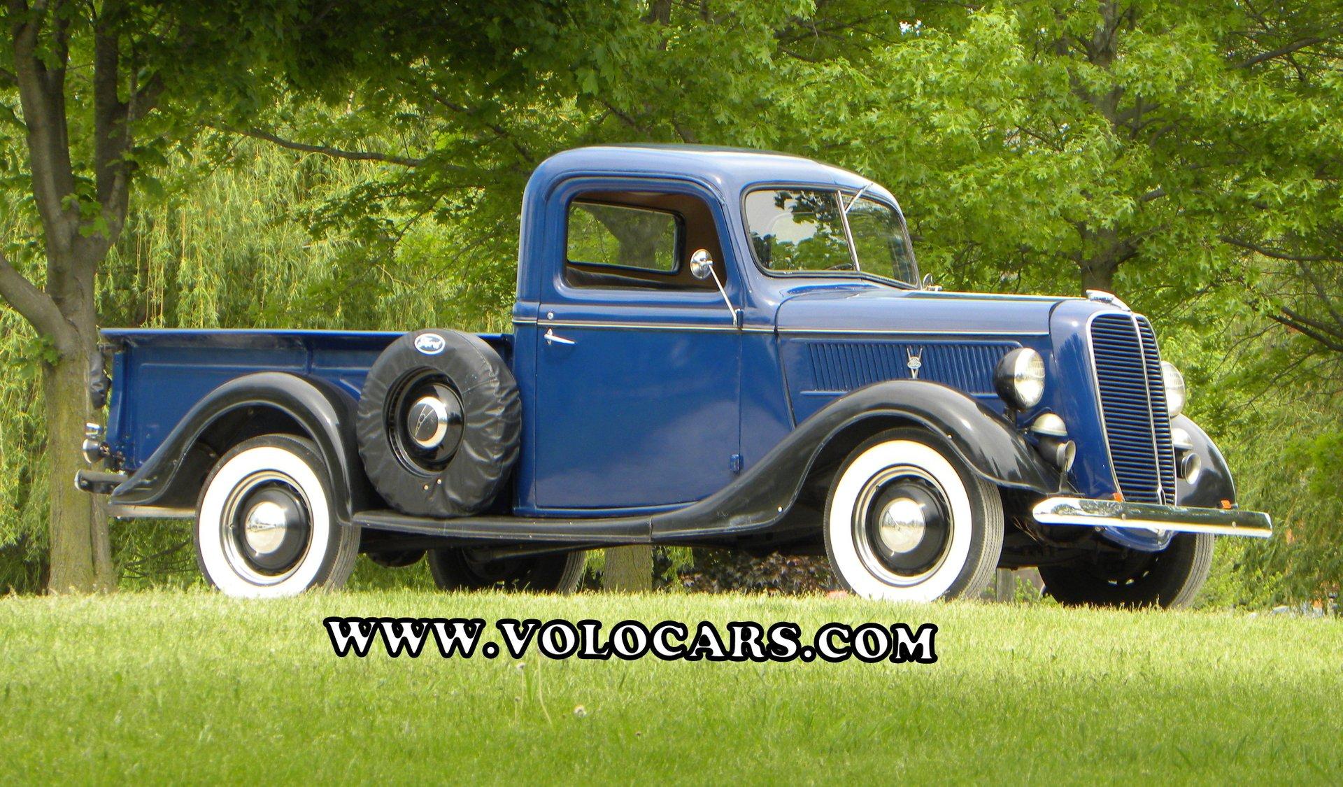 1937 Ford Model 77 Volo Auto Museum