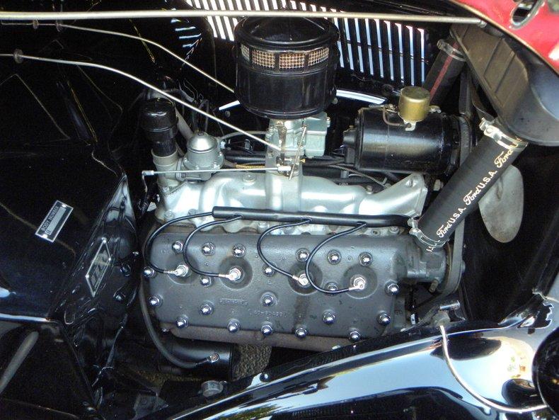 1936 Ford Deluxe Phaeton