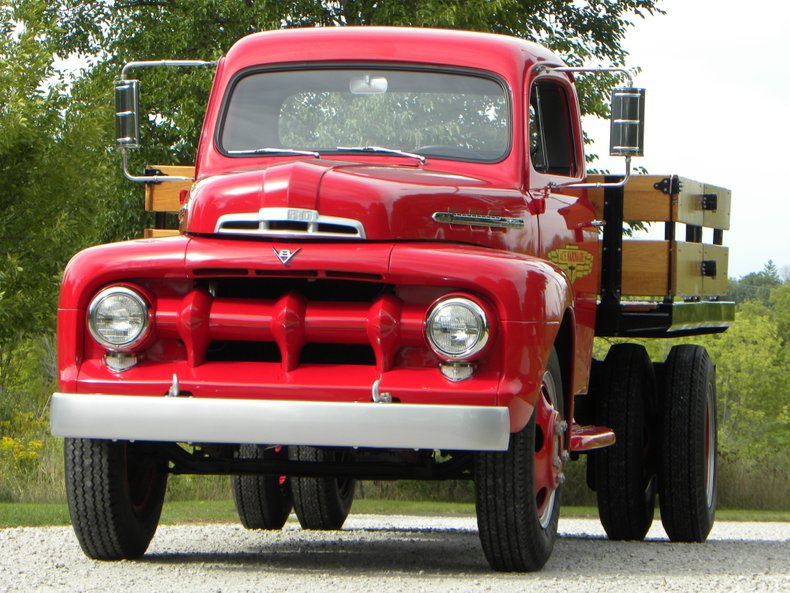 1951 Ford F5