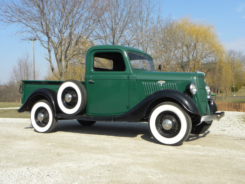 1935 Ford