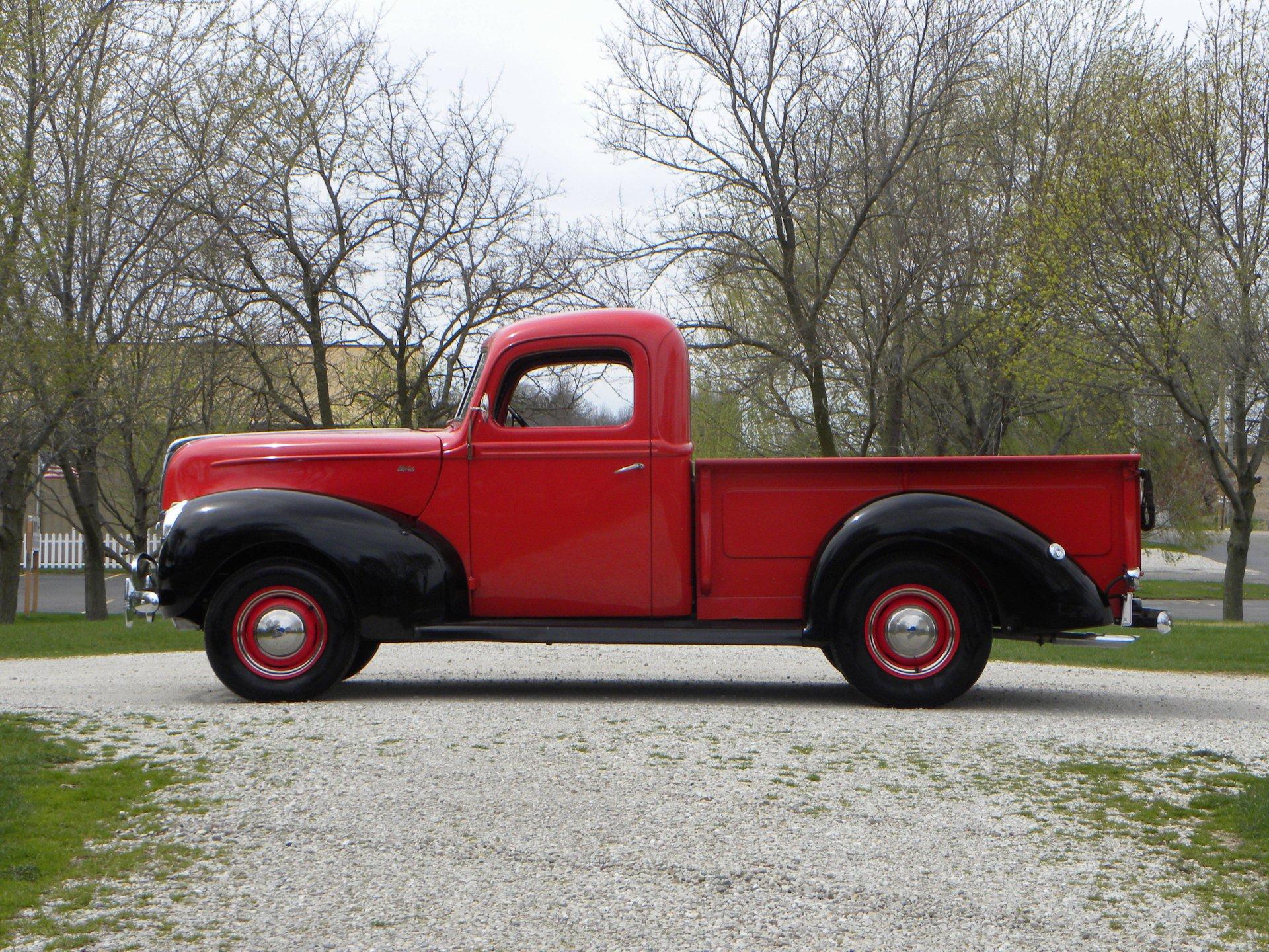 1940 Ford | Volo Auto Museum