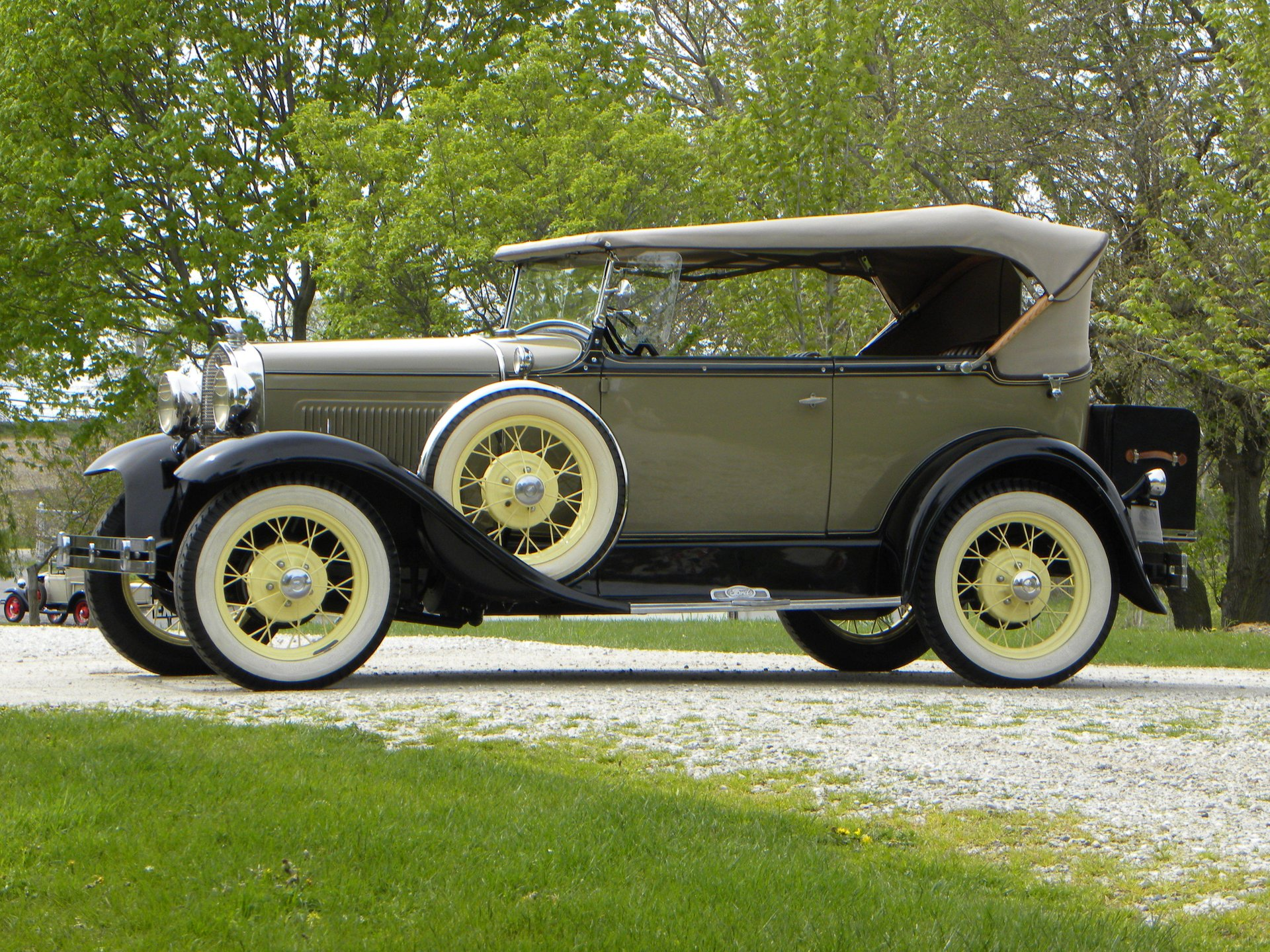 1931 ford model a deluxe 2dr phaeton