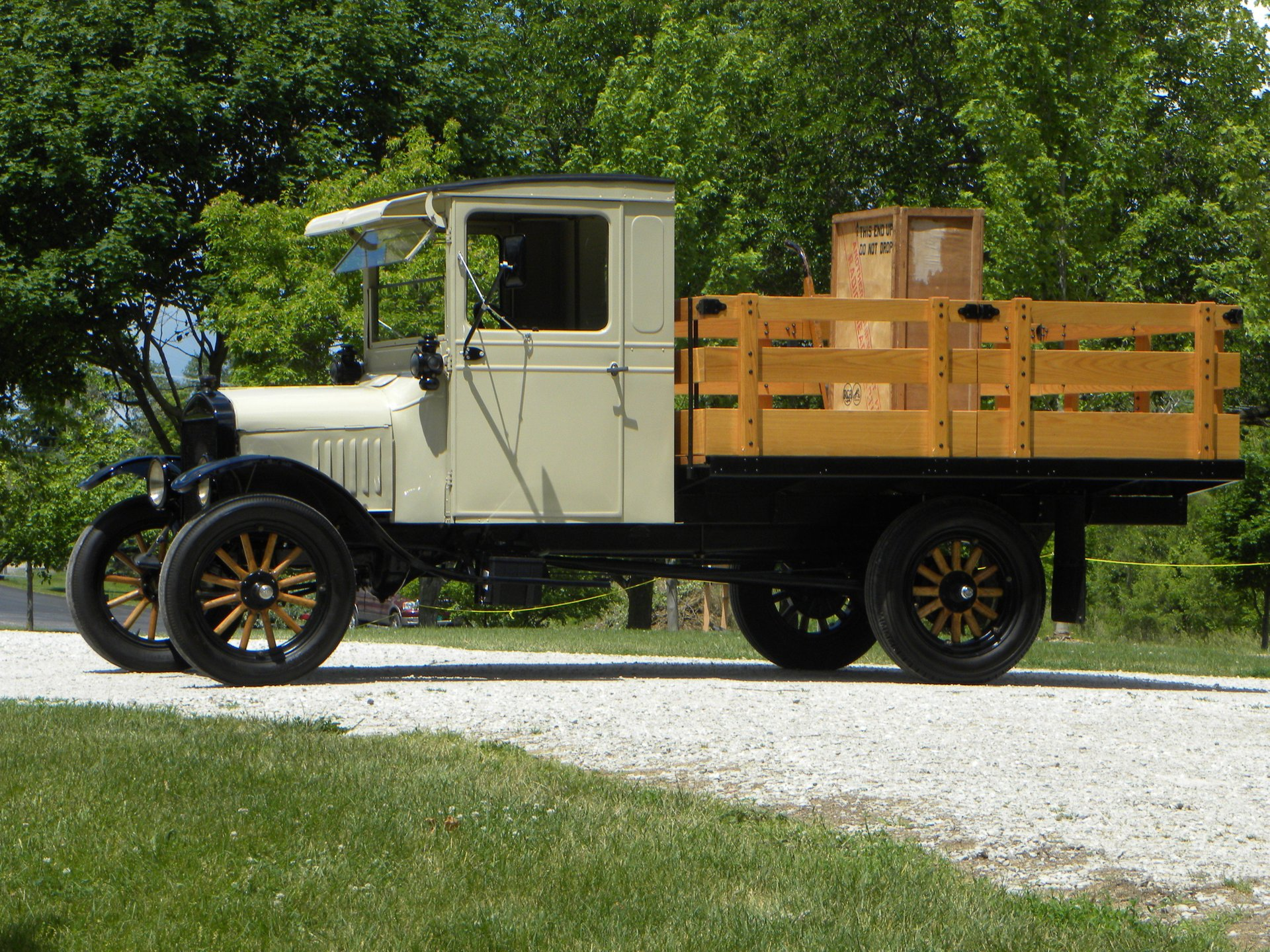 1925 ford model tt stake truck