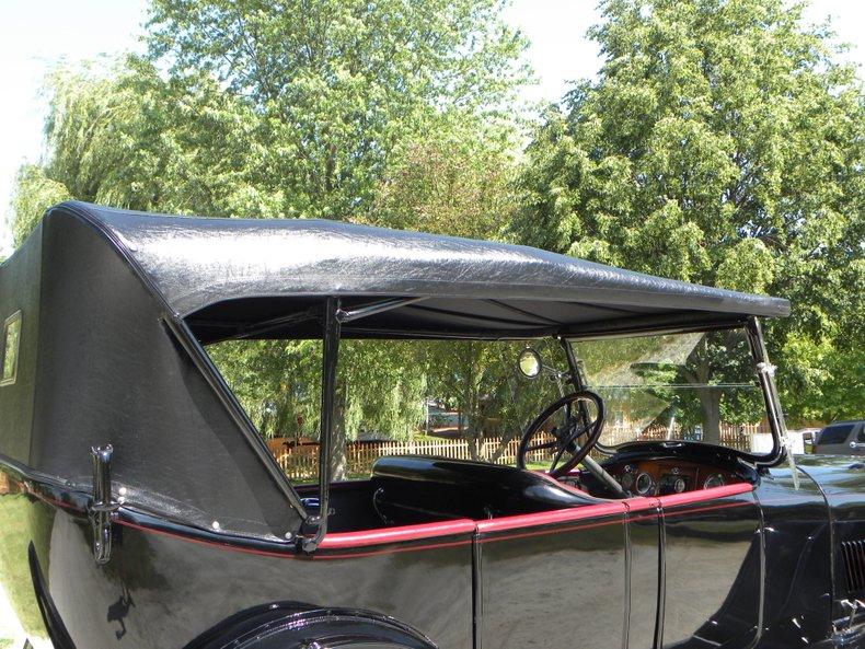 1918 Oldsmobile Model 37