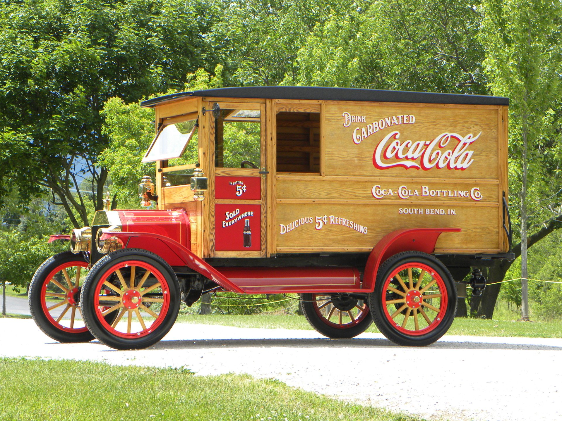 1912 ford model t coca cola delivery truck