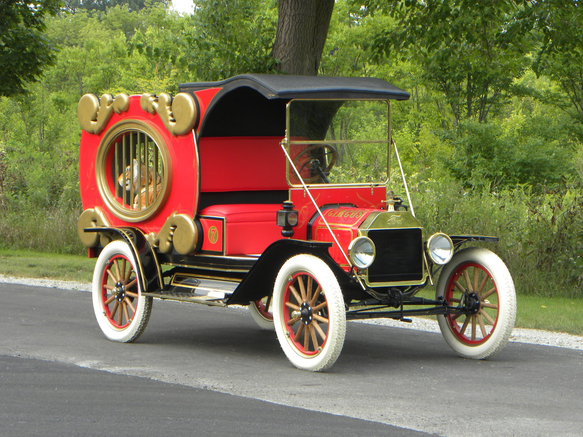 1914 ford model t circus wagon