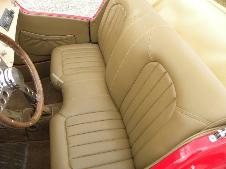 1981 MG TD