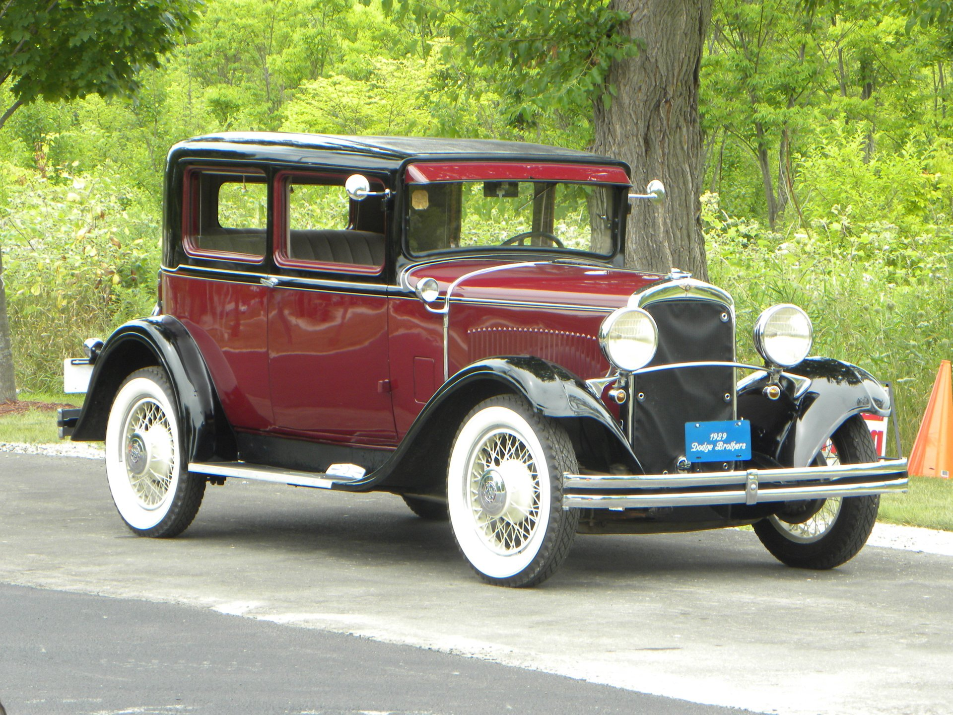 1929 dodge da 2 door brougham