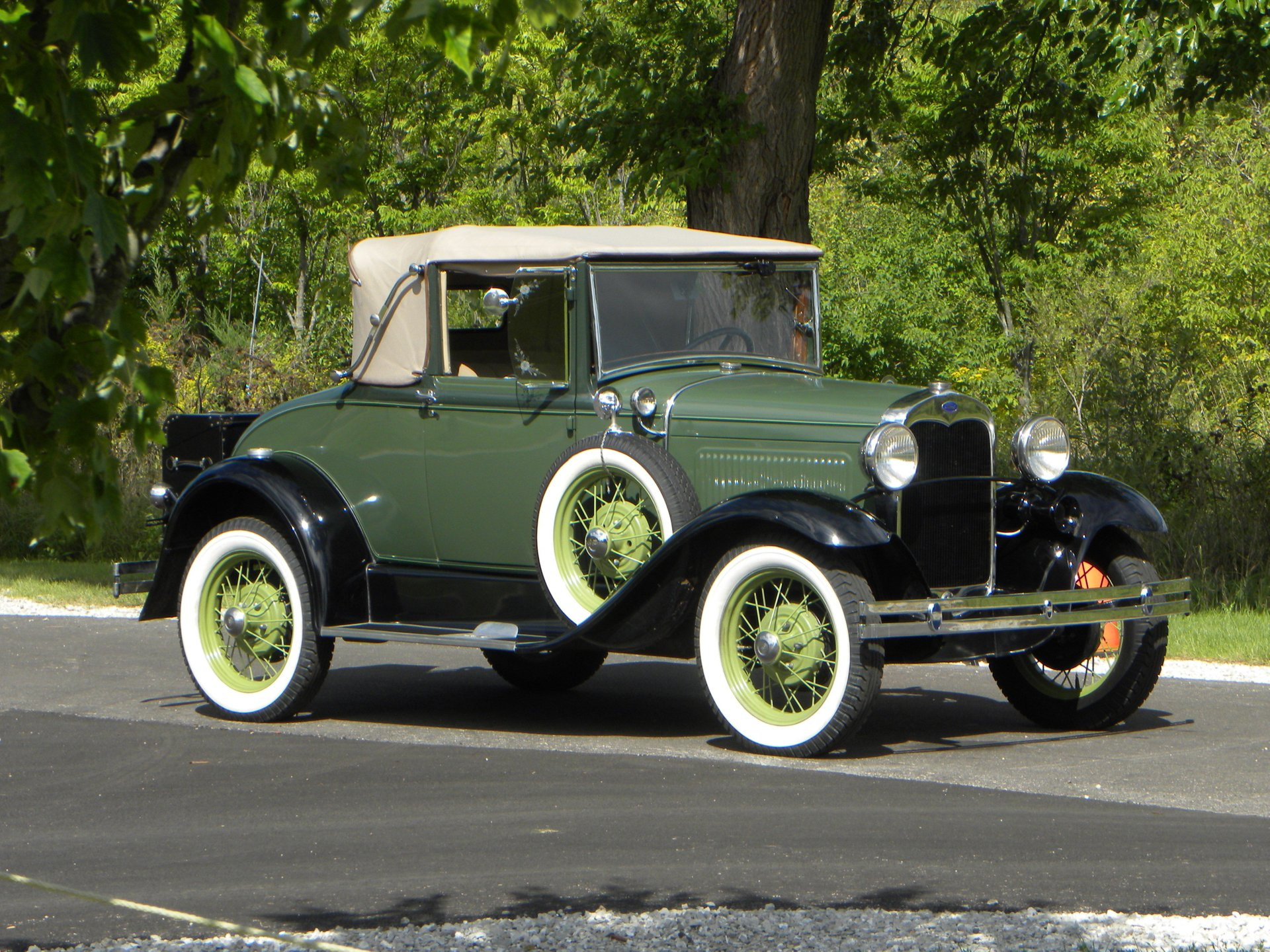 1930 ford model a 68b cabriolet