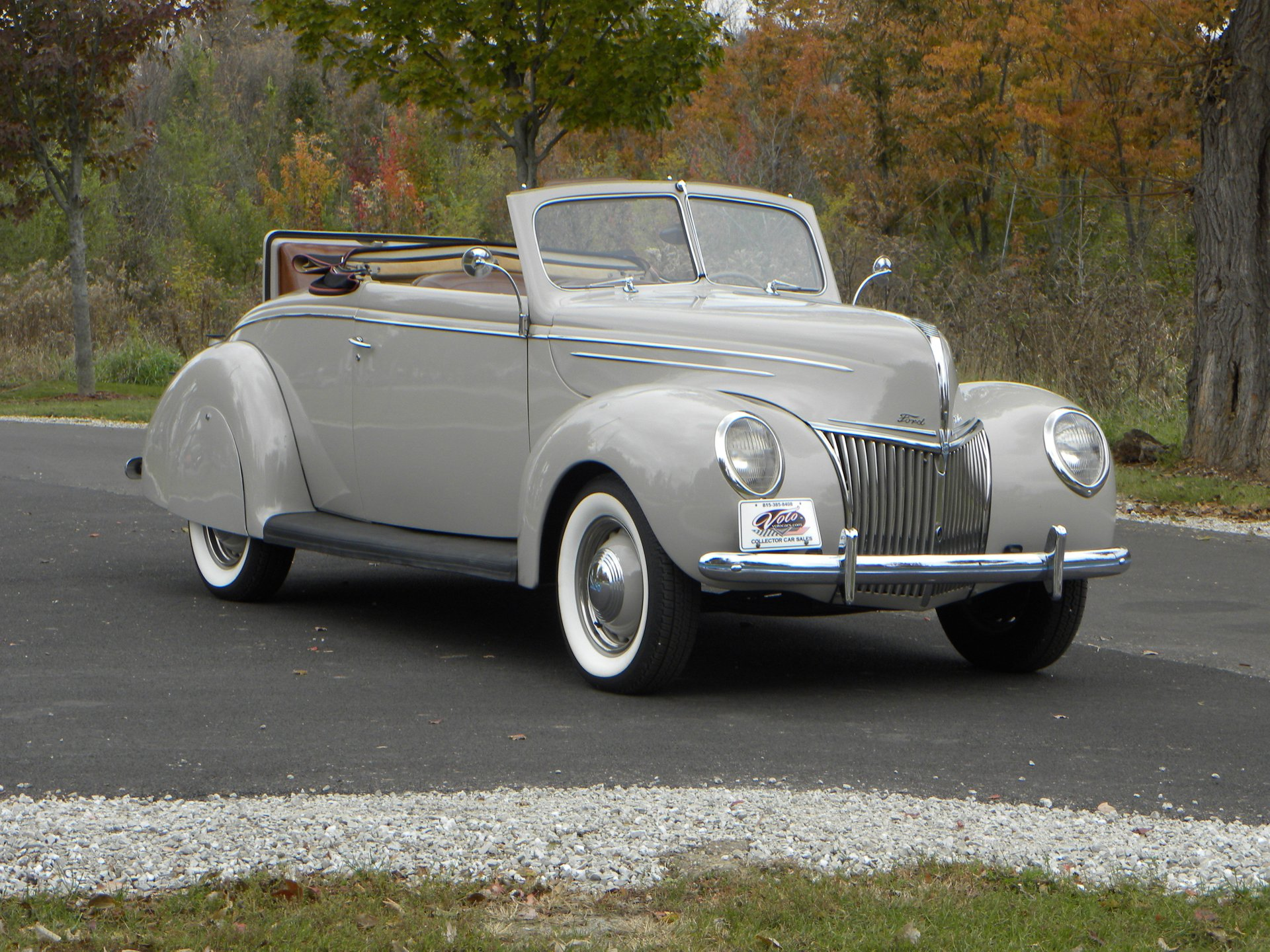 1939 ford model 91a deluxe convertible