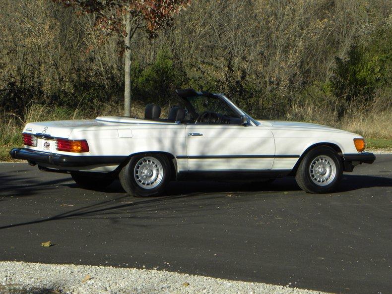 1985 Mercedes-Benz