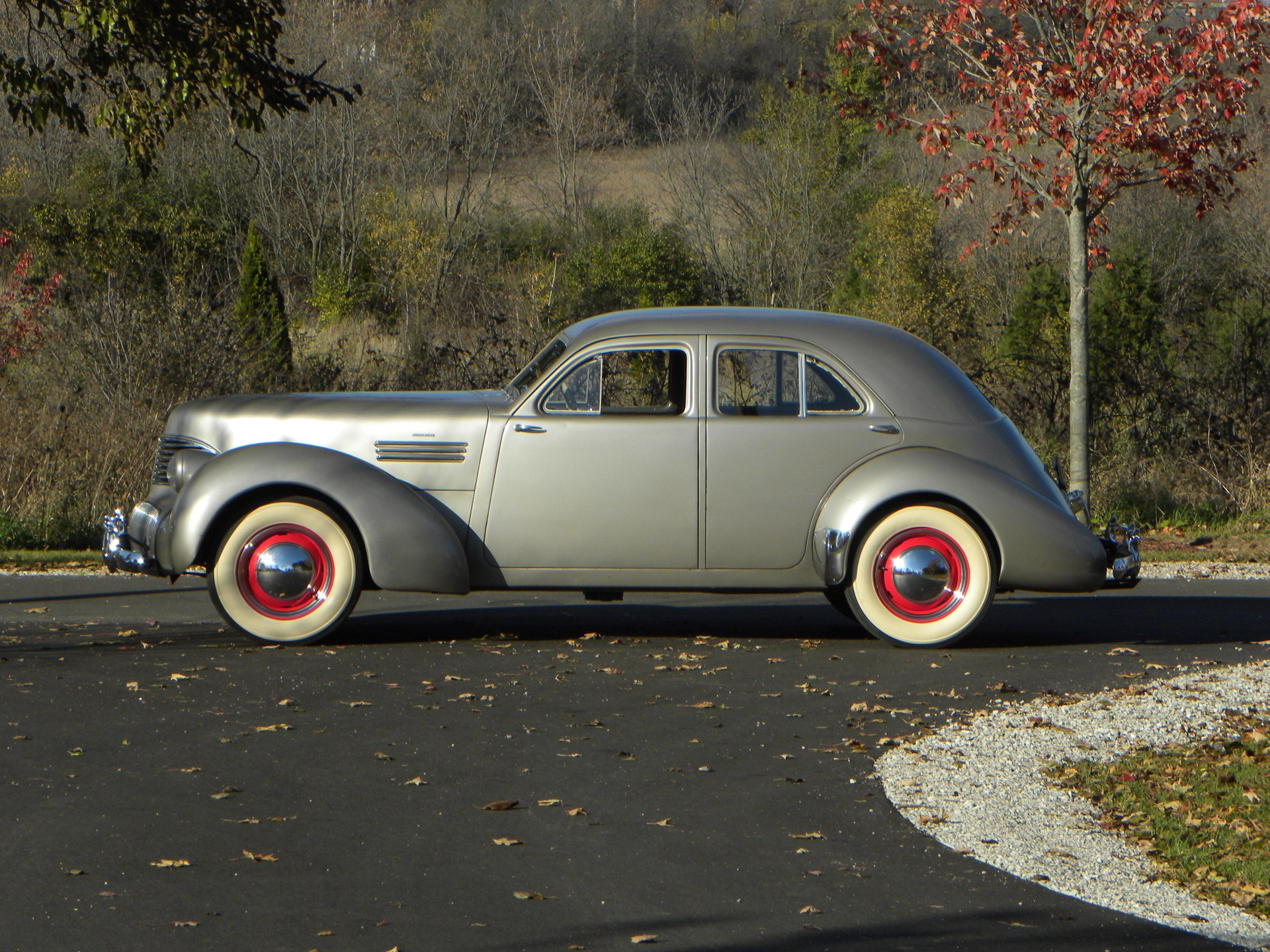 1941 graham hollywood model 113