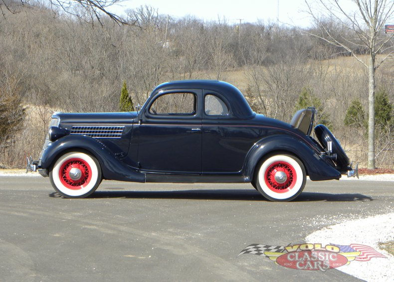 1935 Ford Model 48
