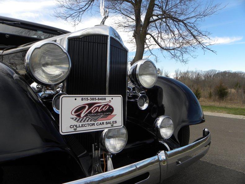 1934 Packard 1100 12