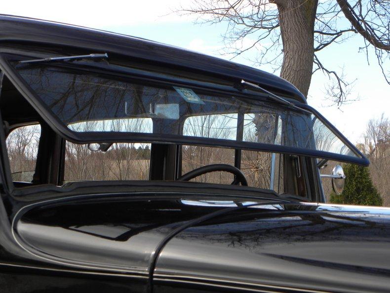 1934 Packard 1100 16