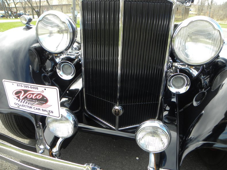 1934 Packard 1100 17