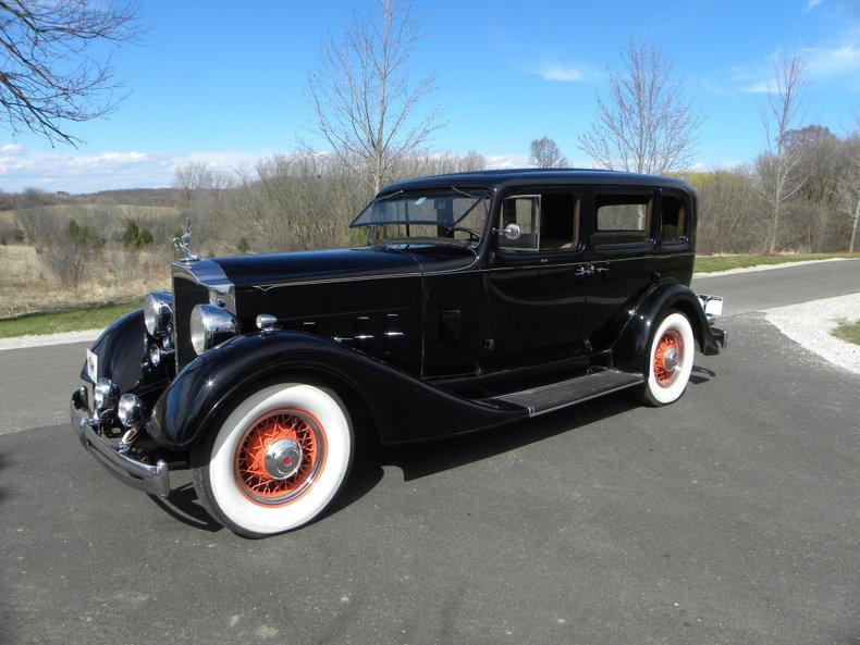 1934 Packard 1100 24