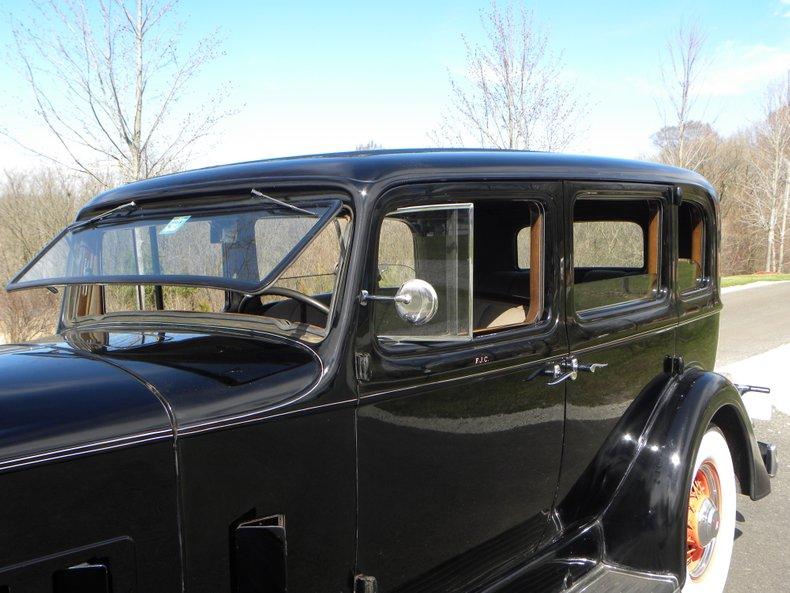 1934 Packard 1100 33