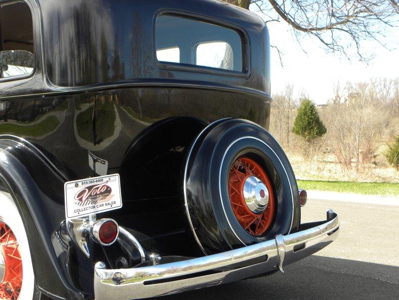 1934 Packard 1100 40