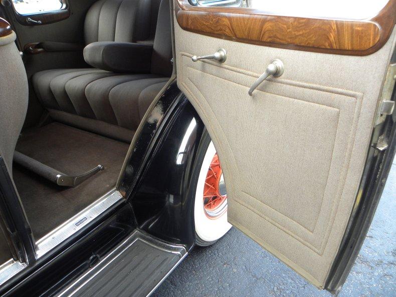 1934 Packard 1100 45