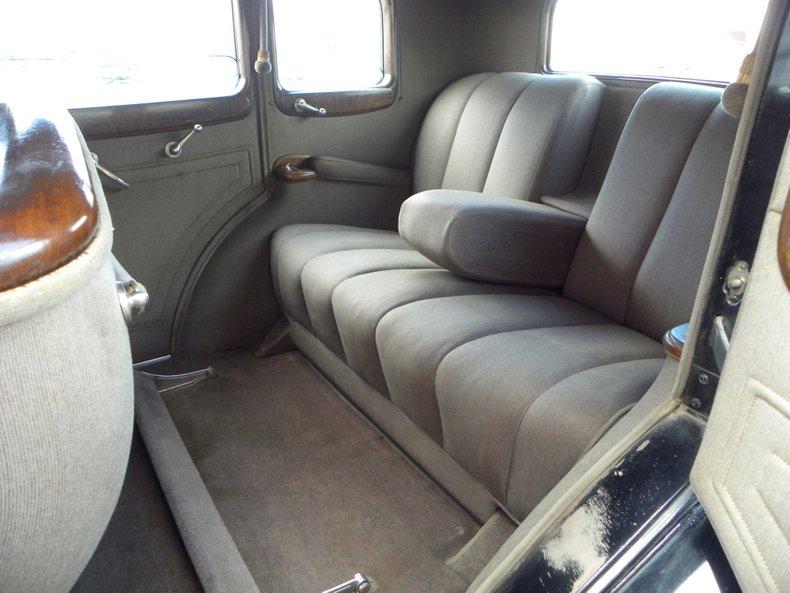 1934 Packard 1100 46