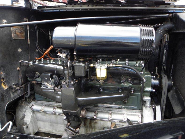 1934 Packard 1100 65