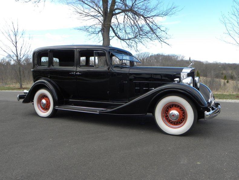 1934 Packard 1100 80