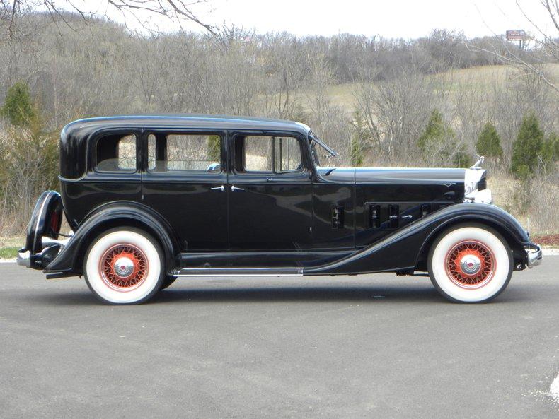 1934 Packard 1100 75