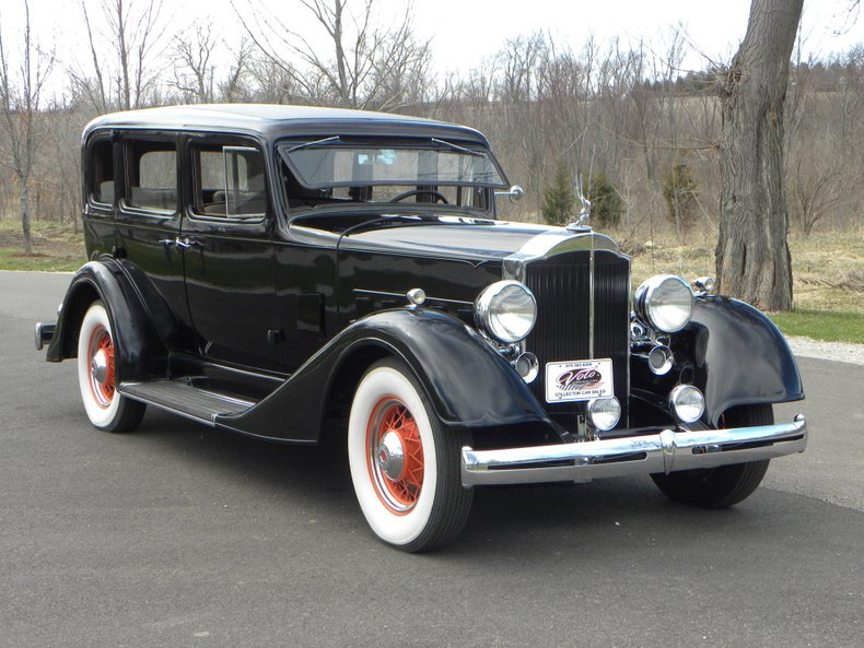 1934 Packard 1100 82