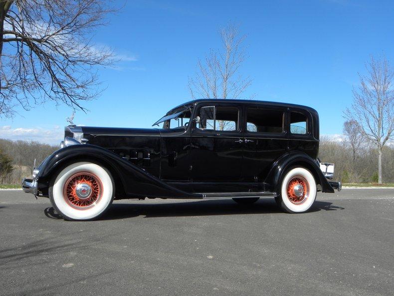 1934 Packard 1100 98