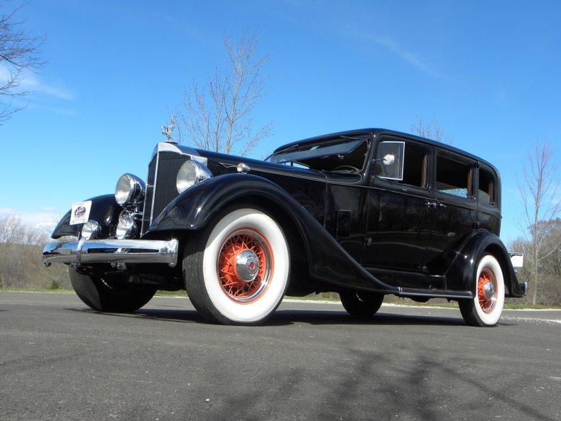 1934 Packard 1100 105