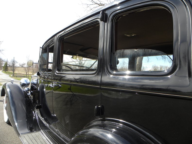 1934 Packard 1100 110