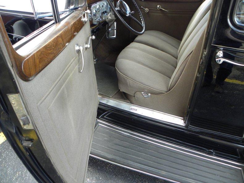1934 Packard 1100 114