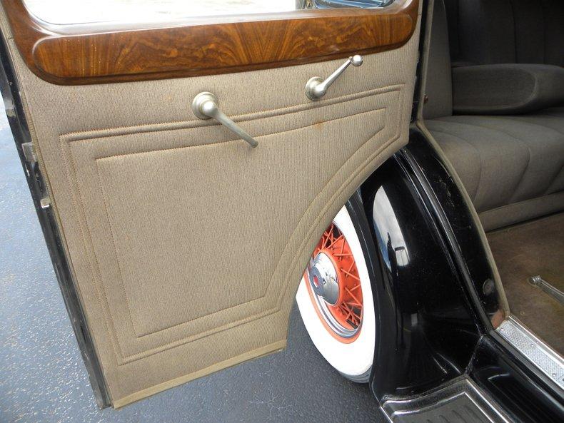 1934 Packard 1100 124